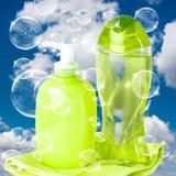Bolle di sapone sul cielo nuvoloso Immagine Stock