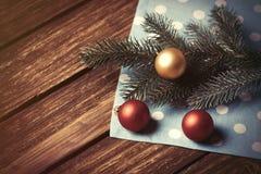 Bolle e ramo di Natale Immagine Stock