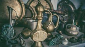 Bollitore di tè turco d'annata decorativo immagini stock libere da diritti