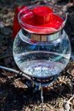Bollitore su un picnic Fotografia Stock Libera da Diritti