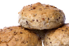 Bollos del pan integral aislados fotos de archivo