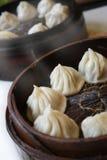 Bollos tratados con vapor chinos Imagenes de archivo