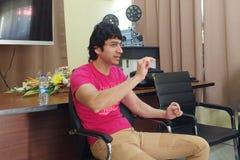 Bollywood aktor Vik Khanna prowadzi warsztat na ekranowym robić przy MFDC w Floréal Mauritius obrazy stock
