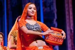 Bollywood komt aan Barcelona met muzikale Bollywood uitgevoerd Love Story aan, bij Theater Victoria Stock Foto