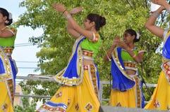 Bollywooddans bij de Zomermarkt 2016 Stock Foto's