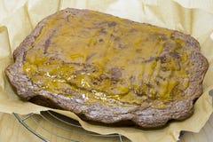 Bolo cozido com crosta de gelo do limão Imagens de Stock Royalty Free