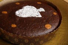 Bolo da brownie com decoração do coração Imagens de Stock Royalty Free