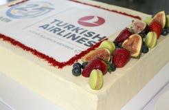 Bolo da celebração de Turkish Airlines Imagens de Stock
