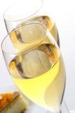 Bolo da fruta de sobremesa com champanhe Fotografia de Stock