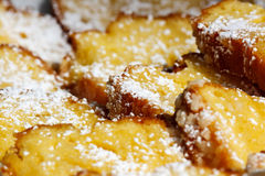 Bolo da libra com açúcar dos pasteleiros Imagem de Stock