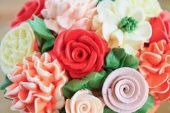 Bolo das flores Foto de Stock Royalty Free