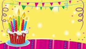 Bolo de aniversário com velas. Fotografia de Stock Royalty Free