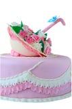 Bolo de aniversário cor-de-rosa isolado fotografia de stock