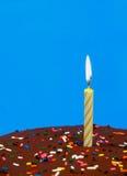 Bolo de aniversário do chocolate fotos de stock