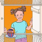 Bolo de Art Little Girl Sees Tasty do PNF no refrigerador Criança que come o alimento doce ilustração do vetor