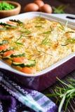 Bolo de carne picado com carne triturada, as batatas trituradas e o vegetal Imagem de Stock Royalty Free