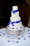 Bolo de casamento azul Imagens de Stock