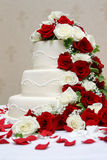 Bolo de casamento elegante Imagens de Stock