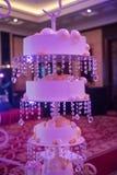 Bolo de casamento luxuoso Fotos de Stock Royalty Free