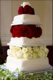 Bolo de casamento perfeito Fotografia de Stock Royalty Free