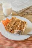 Bolo de cenoura no dia preguiçoso fotografia de stock