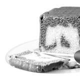Bolo de chocolate caseiro, B&W, quadrado Fotografia de Stock