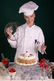 Bolo de chocolate de Buttercream da baunilha Imagem de Stock Royalty Free