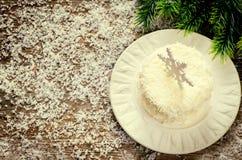 Bolo de chocolate do coco com queijo creme Fotos de Stock Royalty Free