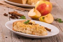 Bolo de maçã do Crumble Fotografia de Stock