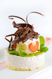 Bolo de queijo com fresco imagens de stock royalty free