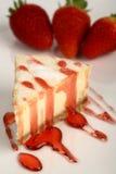 Bolo de queijo da morango Fotografia de Stock Royalty Free