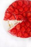 Bolo de queijo da morango Imagens de Stock Royalty Free