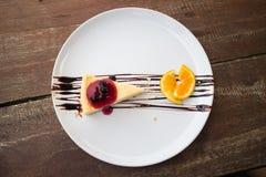 Bolo de queijo do mirtilo Imagem de Stock Royalty Free