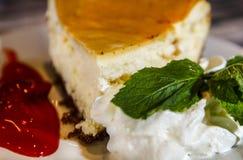 Bolo de queijo perfeito Fotografia de Stock Royalty Free