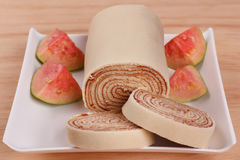 Bolo DE rolo koninginnenbrood, het Braziliaanse dessert van de broodjescake Royalty-vrije Stock Afbeelding