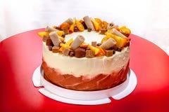 Bolo delicioso com laranja e chocolate Fotografia de Stock Royalty Free