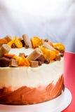 Bolo delicioso com laranja e chocolate Fotografia de Stock