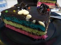 Bolo do arco-íris fotos de stock