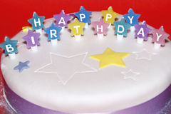 Bolo do feliz aniversario Imagens de Stock Royalty Free