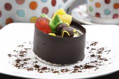Bolo do gelado de chocolate Imagens de Stock