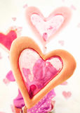 Bolo do indicador com o coração dado forma Imagem de Stock Royalty Free