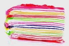 Bolo doce colorido do crepe no fundo branco Imagem de Stock Royalty Free