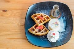 Bolo dos waffles Fotos de Stock