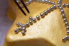 Bolo dourado Fotografia de Stock