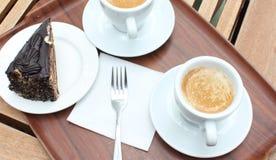 Bolo e café de chocolate Fotos de Stock Royalty Free