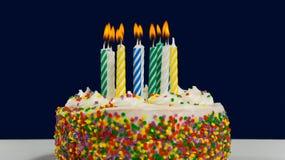 Bolo e velas de aniversário Foto de Stock