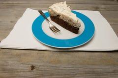 bolo em uma placa Foto de Stock