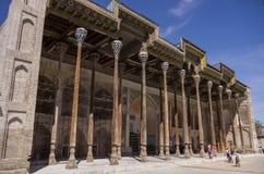 Bolo-hauz complexe - se composer d'une mosquée, d'un minaret et d'une piscine image stock