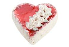 Bolo Heart-shaped no branco fotografia de stock royalty free