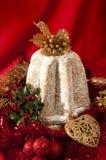 Bolo-pandoro italiano tradicional do Natal de Pandoro Imagem de Stock Royalty Free